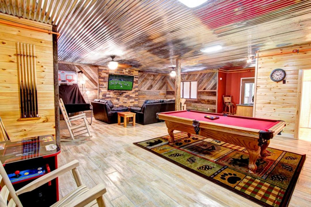 From large to small, we have them all!  Call to reserve your Pigeon Forge Cabin Rental.