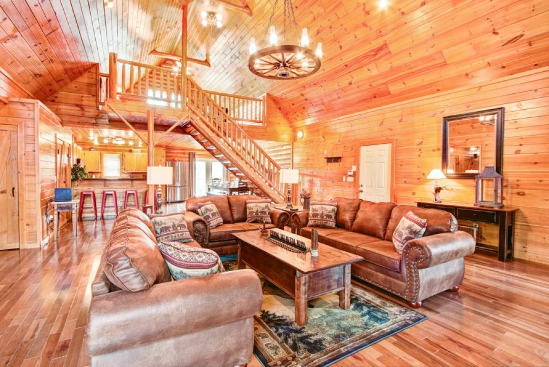 Awesome Pigeon Forge Cabin Rentals with views of the Smoky Mountains.
