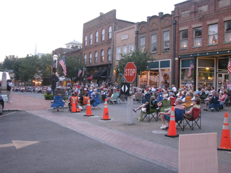 A Typical Friday Night in Jonesborough , Free Live Music