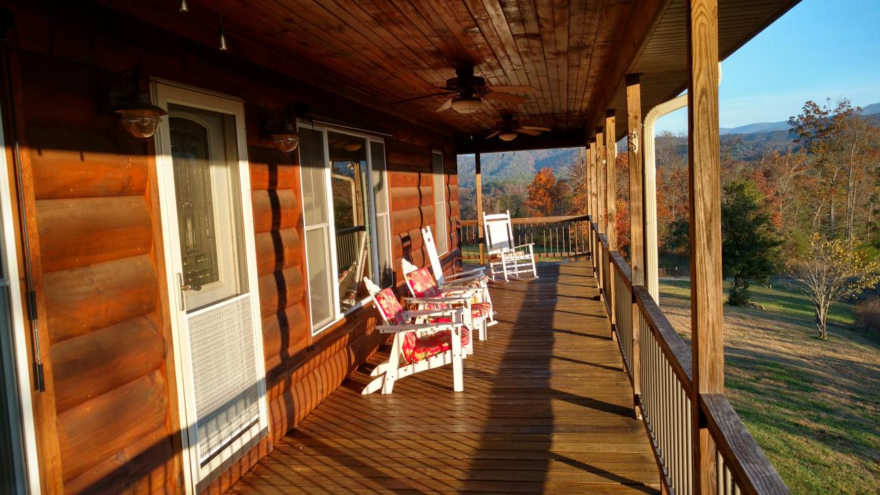 Smoky Mountain Hideaway In Tallassee Tn Tennessee Vacation