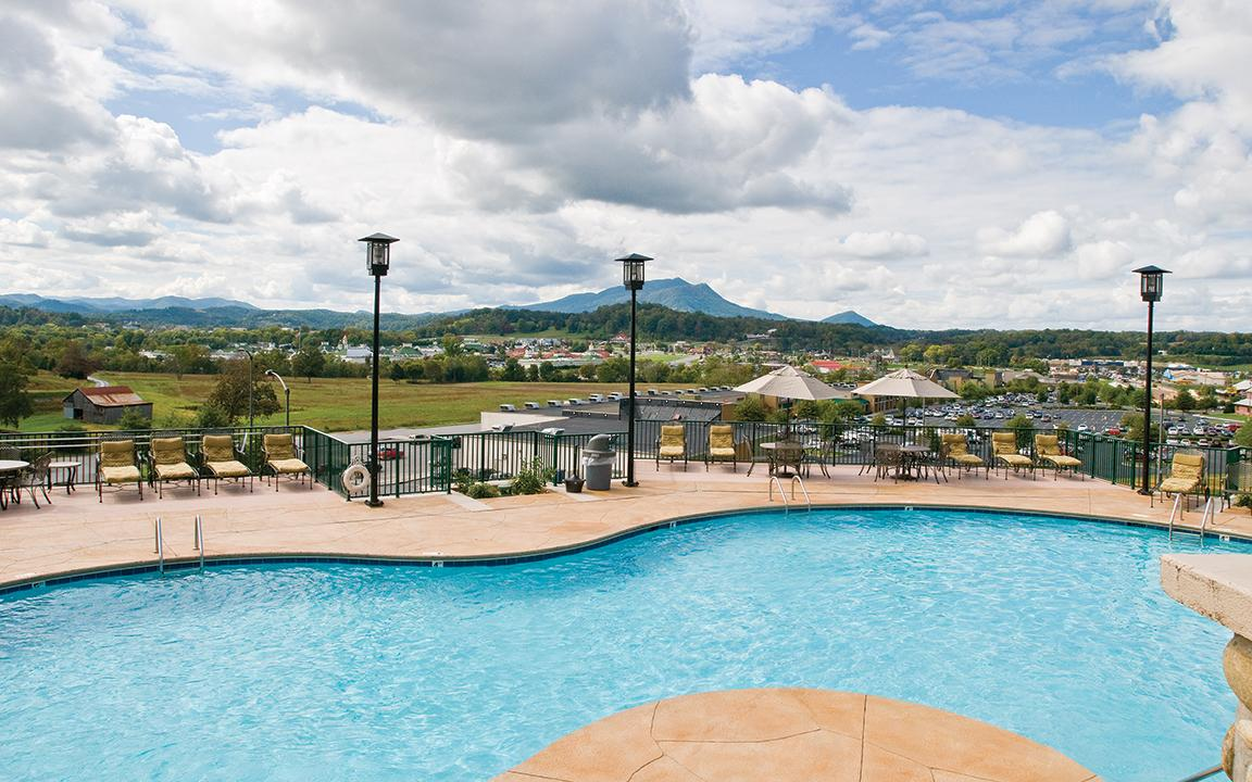 Sevierville, TN - Wyndham Smoky Moutains, Outdoor Pool