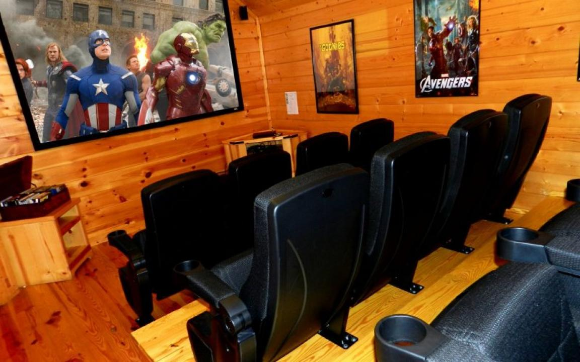 Bigfoot Crossing Theater Room Pigeon Forge Luxury Cabin