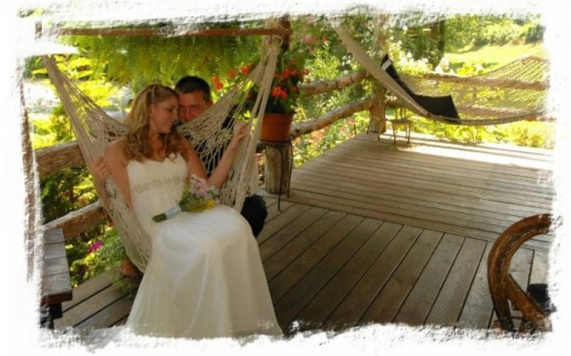 Romantic moments at Butterfly Hollow