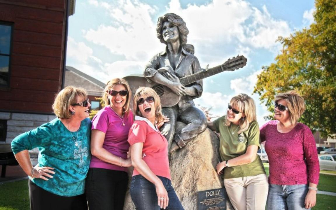 Downtown Sevierville's statue of Dolly Parton is a popular photo spot.