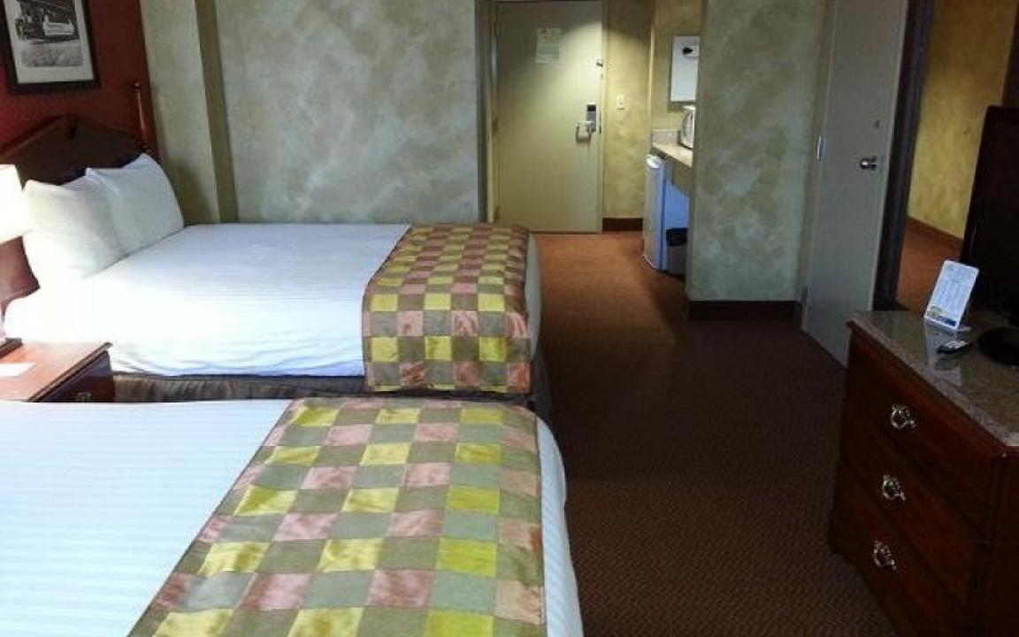 GuestHouse Inn & Suites in Nashville, TN - Tennessee Vacation
