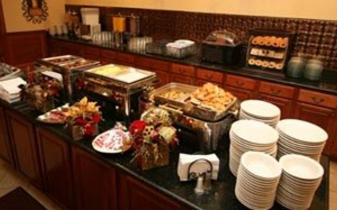 Complimentary breakfast included in room rate, The Inn at Christmas Place