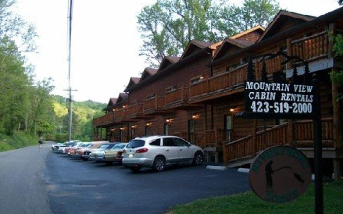 Mountain View Log Cabin Rentals. 170 Rafter Rd. Tellico Plains, TN 37385