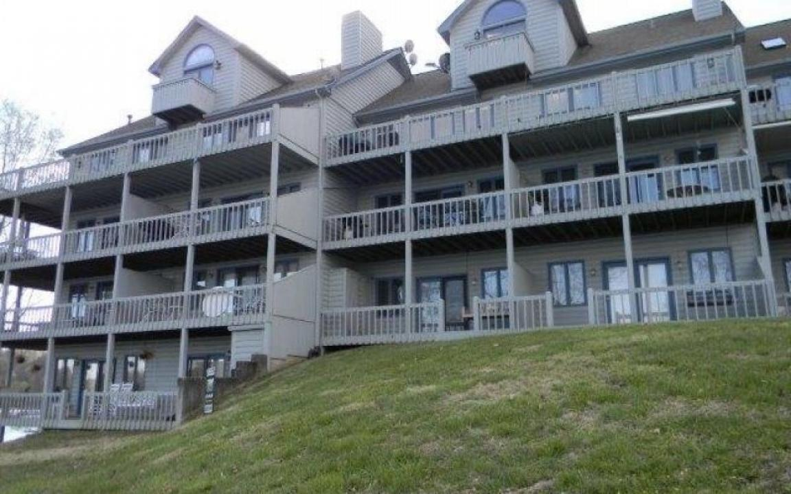 Norris Lake Front Rentals in LaFollette TN Tennessee Vacation