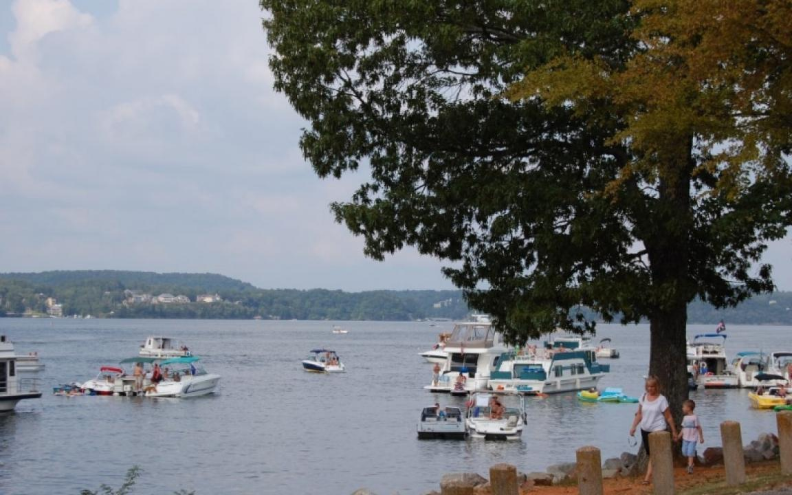 Pickwick Landing State Park where the boaters gather