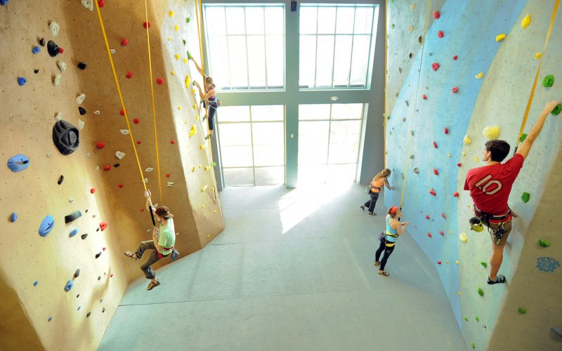 Climbing_Wall_-_High_Point